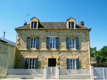 maison à Saint-Médard-d'Excideuil (24)