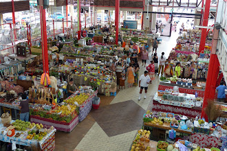 Photo: Papeete's main market featuring all manner of handcrafts from basketware and textiles to wood carvings and jewelry; there were also plenty of local soaps, oils and jams; and of course, the requisite vanilla products.