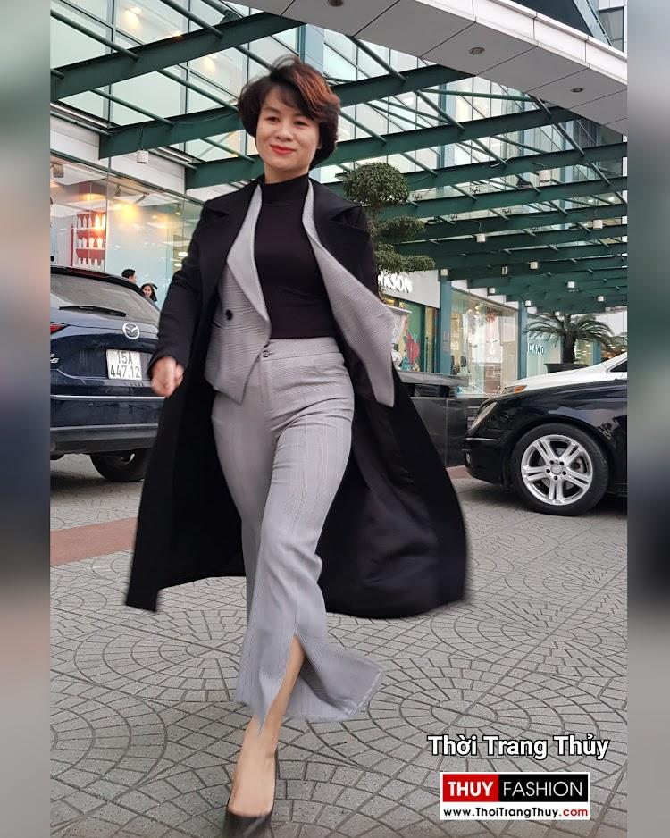 Áo khoác dạ nữ dáng dài màu đen cổ vest rộng V694 thời trang thủy đà nẵng
