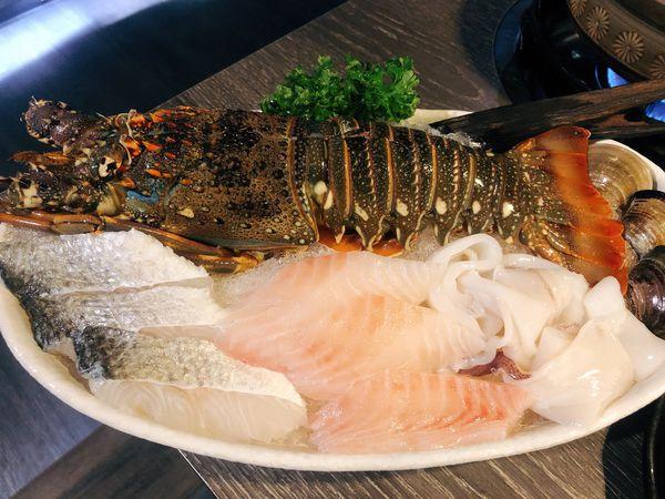 日高鍋物,頂級食材新鮮上桌,龍蝦海陸雙人套餐限量供應中