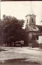 Photo: Felső utca a katolikus templom előtt