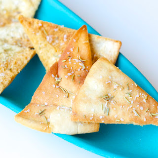 Baked Rosemary Pita Chips Recipe