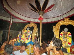 Photo: Adhi kEsava perumAL with nAchiyArs and emperumAnAr