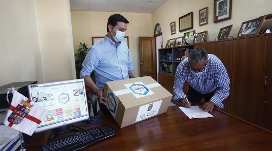 Mascarillas en Almería: las instituciones se vuelcan para que lleguen a todos