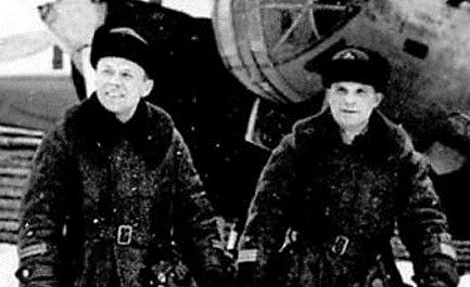 Лётчиков спасли и сдали немцам: драма над Вецаки