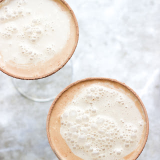 Vanilla Coffee Martinis with Salted Cocoa Rims {print me!}