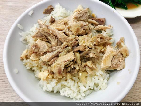 郭家雞肉飯 ,文化路夜市裡,在地人與遊客都推薦的好味道