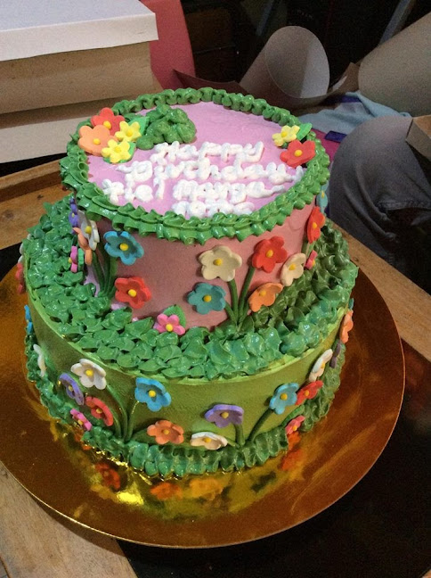 Cake by Anadel's CAKES and Pastries