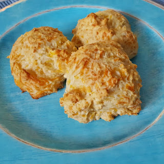 Easy Cheesy Biscuits.