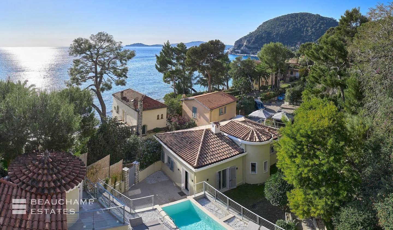 Villa avec piscine et jardin Eze