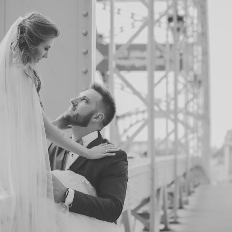 Wedding photographer Renáta Füle (serafinr). Photo of 20.07.2017