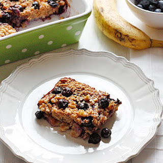 Baked Oatmeal with Blueberries and Bananas.