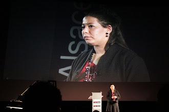 """Photo: TedxAlsace - Fadhila Brahimi - Dirigeante et fondatrice de FB-Associés - """"Accélération technologique - la pause digitale"""""""