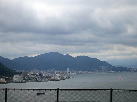 西鉄「はかた号」 0002 関門橋通過