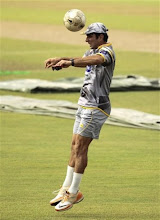 Photo: Pakistan's cricket captain Misbha-ul-Haq heads a soccer ball during a practice session ahead of the fourth one day international cricket match against Sri Lanka in Colombo, Sri Lanka, Friday, June 15, 2012. (AP Photo/Eranga Jayawardena)
