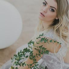 Wedding photographer Nadya Kropotkina (RNadegdaS). Photo of 03.06.2015