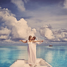 Wedding photographer Aleksandr Panaev (panaevART). Photo of 22.10.2012