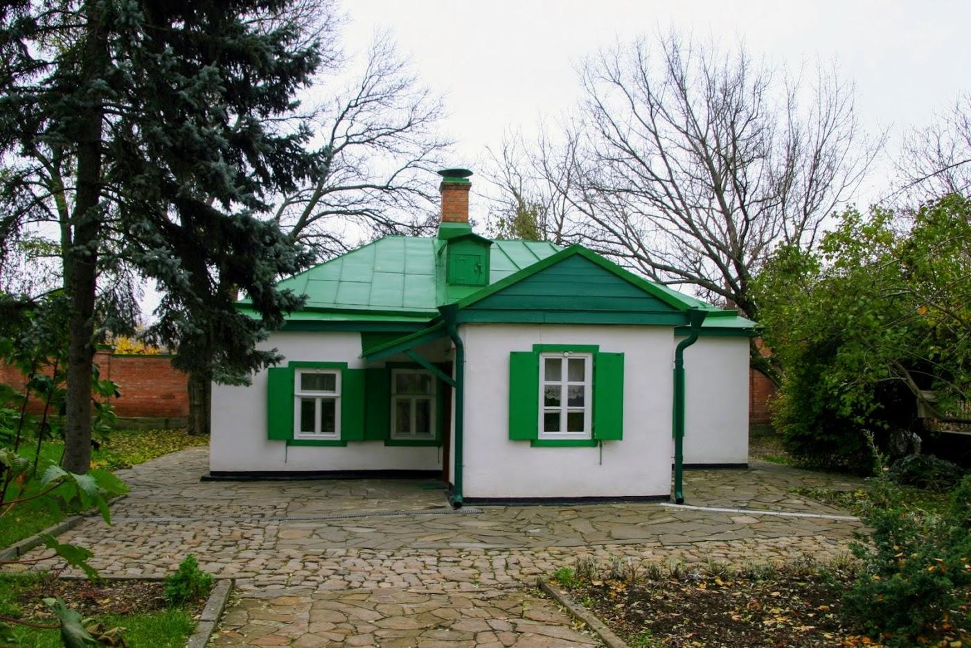 https://sites.google.com/site/istoriceskijtaganrog/cehova-ulica/dom-69