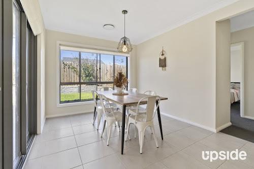 Photo of property at 3 Lorimer Crescent, Elderslie 2570