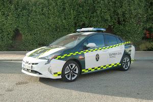 La agrupación de tráfico de la Guardia Civil apuesta por la tecnología híbrida de TOYOTA