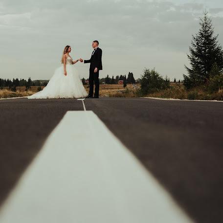 Wedding photographer Zagrean Viorel (zagreanviorel). Photo of 14.12.2017