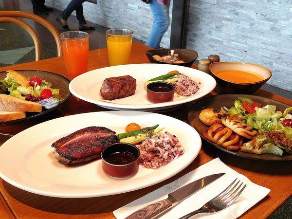 580元起 buffet 吃到飽,台北101景觀美極了,台北松山意舍酒店 Que原木燒烤餐廳