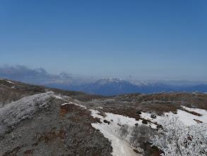 伊吹山(左に金糞岳など)