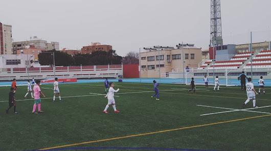Los futbolistas de la Escuela TAE vuelven a casa