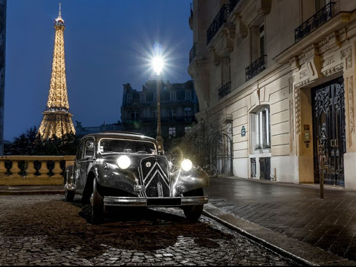 Visite de paris en voiture de collection Midnight in Paris
