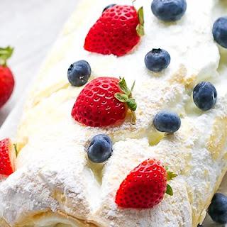Pavlova Cake Roll