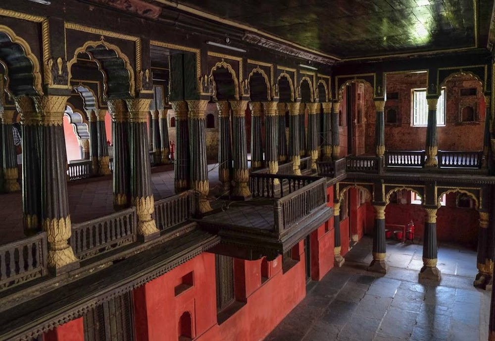places-visit-bangalore-tipu-sultan-palace-image