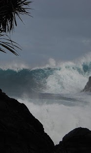 Tsunami Wallpaper - náhled
