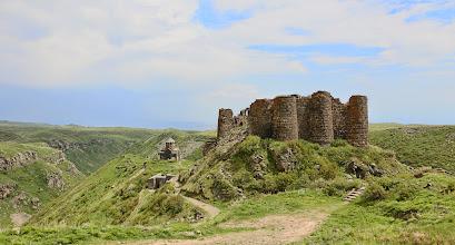 Photo: Amberdin vanha linnoitus
