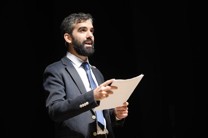 El periodista Álvaro Hernández Castillo fue el conductor de la gala.