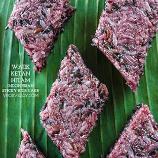 Wajik Ketan Hitam (Indonesian Sticky Rice Cake).