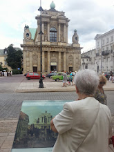 Photo: There were people all over painting the buildings. Everything in this part of the city is very lovely, indeed.