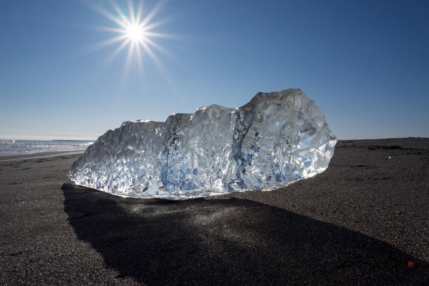 ユニークな形の氷塊
