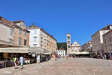 【世界の街角】クロアチアの人気リゾートフヴァル島で楽しむ非日常なひととき