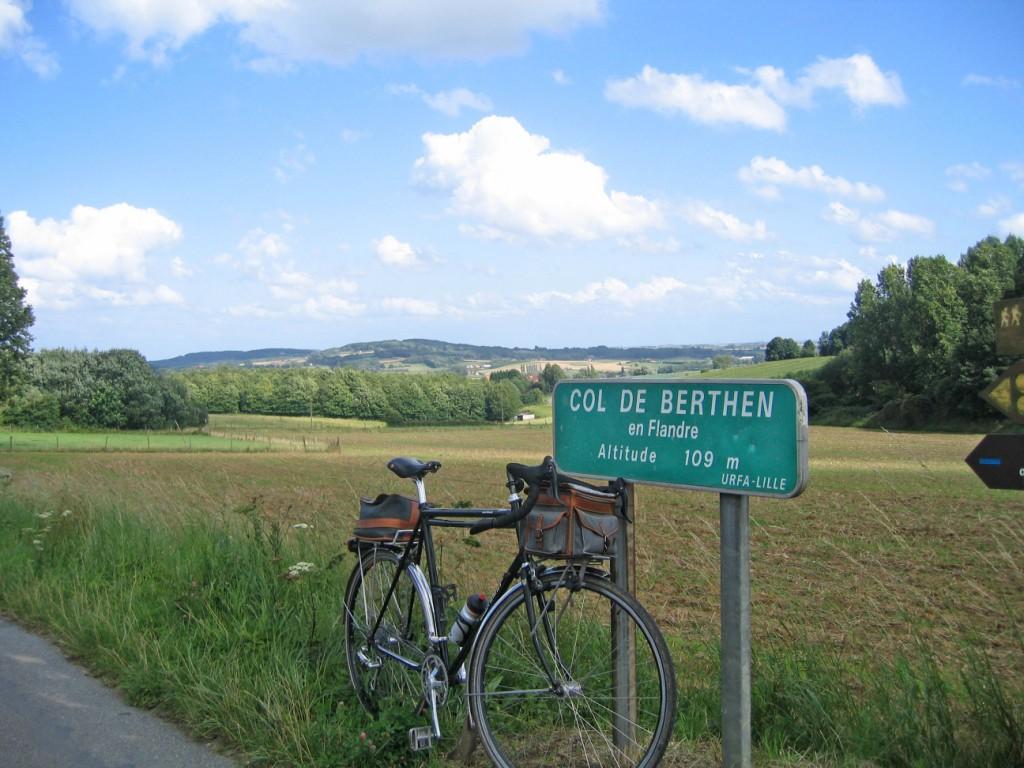 Photo: Le col de Berthen en Flandres (Nord), 109 m, le 12 août 2008