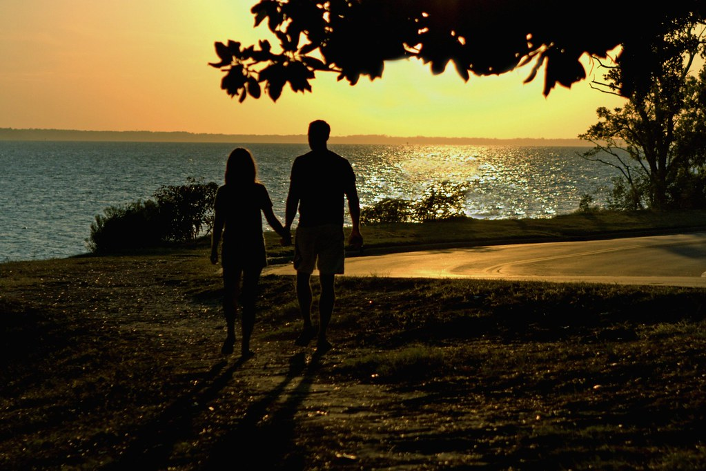 Date Ideas: Say Goodbye To Nervousness When You Have Your First Date