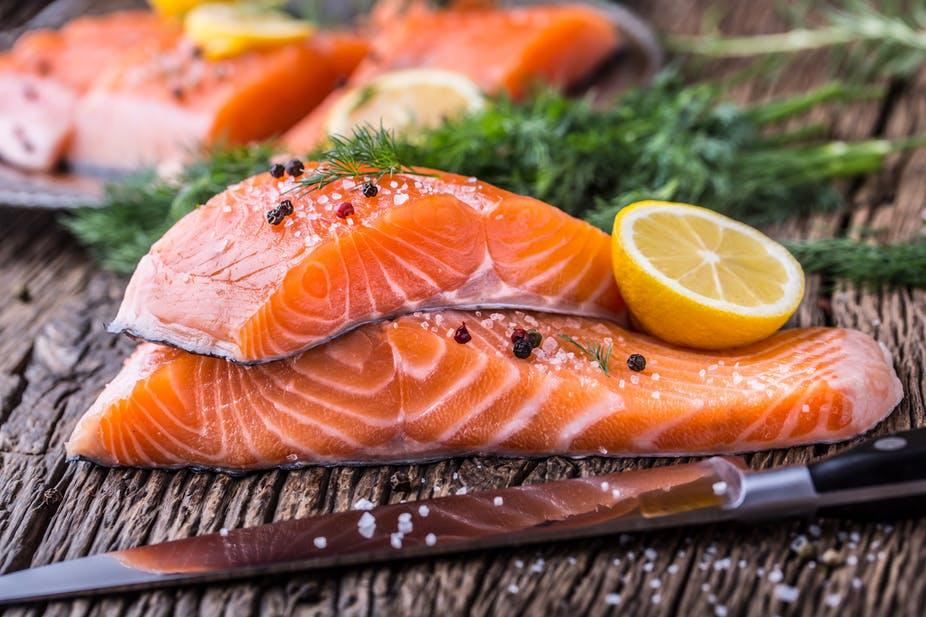 Cá tươi sẽ không có mùi hôi và tanh ngái