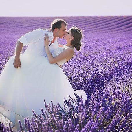Wedding photographer Olga Romanova (mirayar). Photo of 15.02.2017