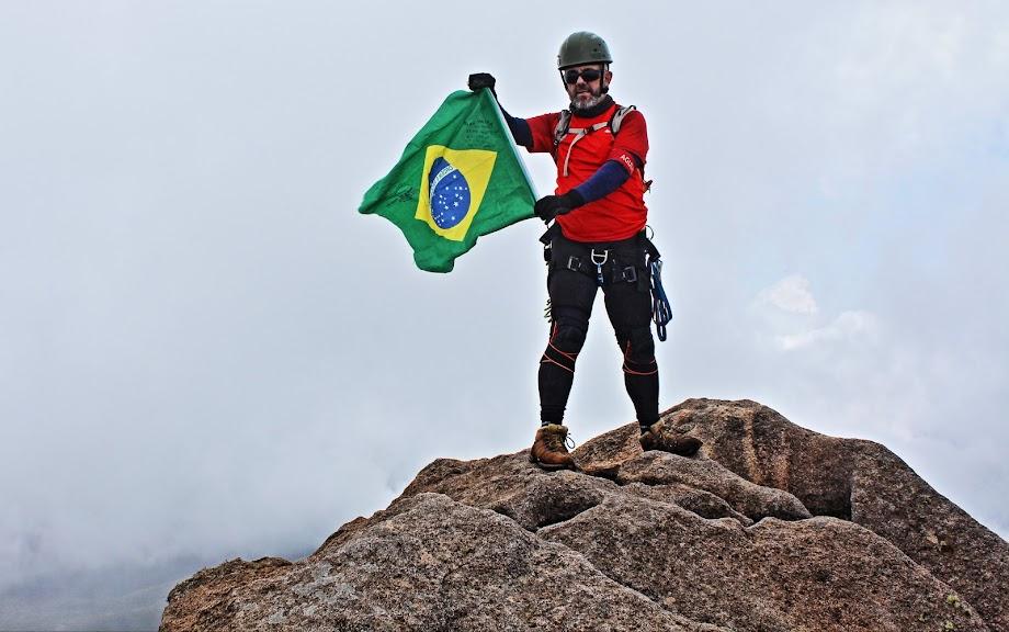 Pico das Agulhas Negras, 2790,94m, Quinta Montanha mais alta do Brasil. Parque Nacional do Itatiaia. Rio de Janeiro, Brasil. Jean Marie Polli.