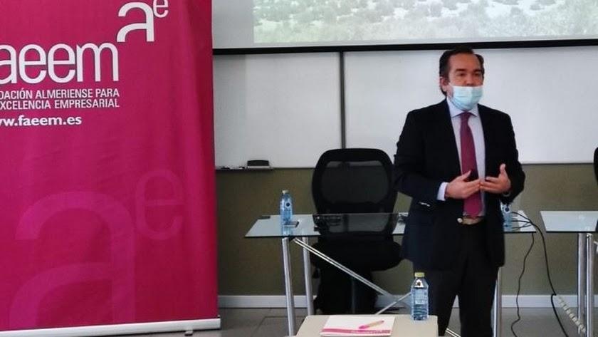 Francisco Viguera durante su intervención.