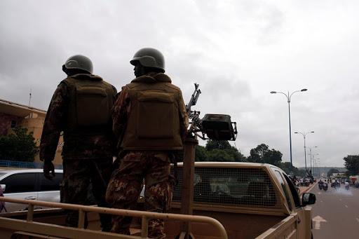 Jihadists kill 10 Nigerian soldiers: sources