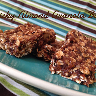 Sticky Almond Granola Bars