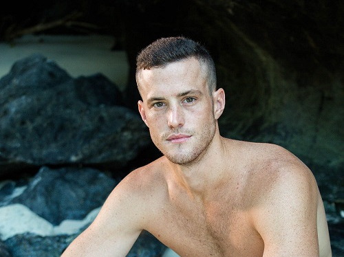 Seamus Holmes (25) was the first cast away to be sent home in the 6th season of Survivor SA.