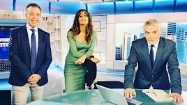 José Antonio Luque, Isabel Jiménez y David Cantero, en el plató de Informativos Telecinco.