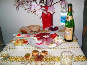 Photo: Skromny stół wielkanocny