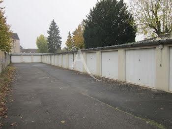 parking à Crepy-en-valois (60)